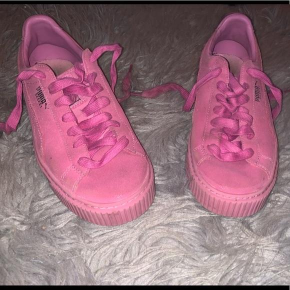 dark pink pumas